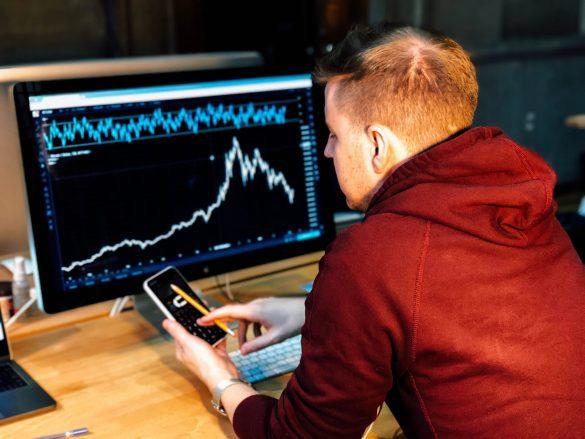 -نقاط قوت و ضعف شما در معاملهshowing the strength points of good trader in the market