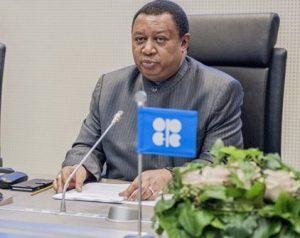 تصویر محمد بارکیندو مدیر اوپک پشت میز کنفرانس