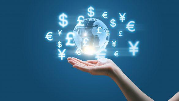 تصویر یک کره که نماد ارز های کشور ها اطراف آن است